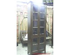 Vitrin Tall Display Cabinet